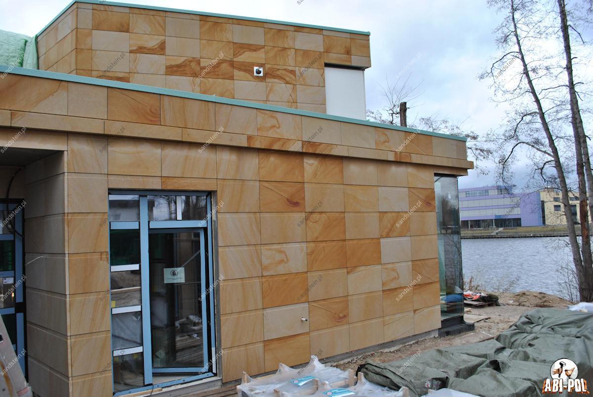 Fasade aus Sandstein